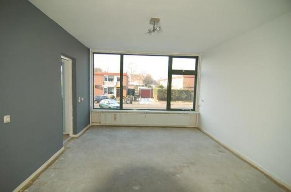 Huurwoningen appartement huren in apeldoorn ijsselstraat huurda - Model betegelde badkamer ...