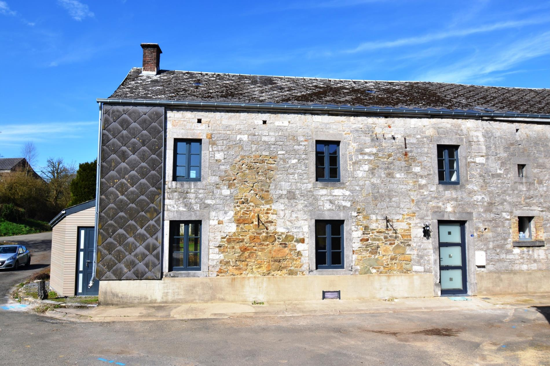 Maison unifamiliale 3f avec jardin maison a louer 5372 for Achat maison 3f