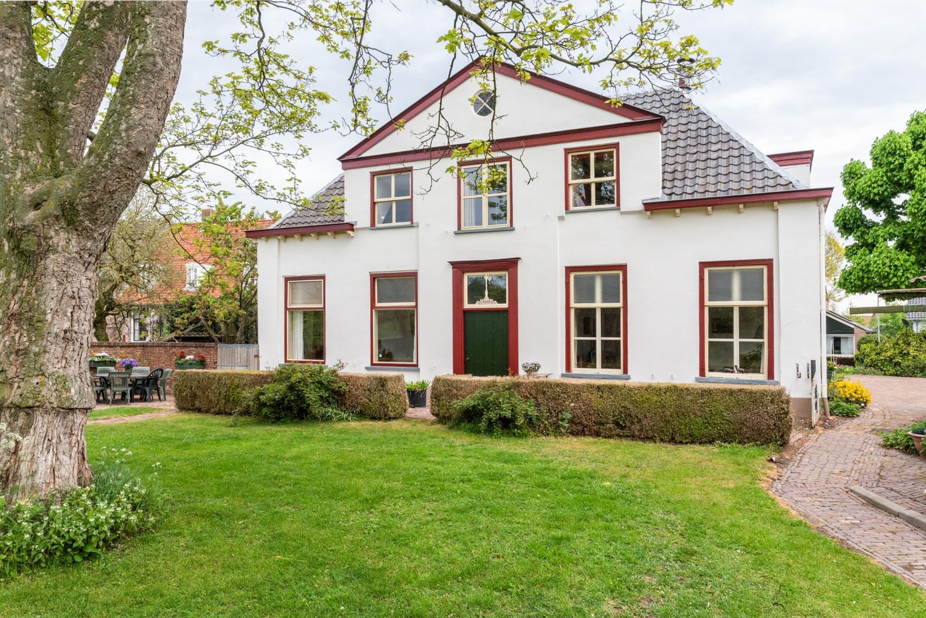 Te koop: Monumentale villa op schitterende locatie!