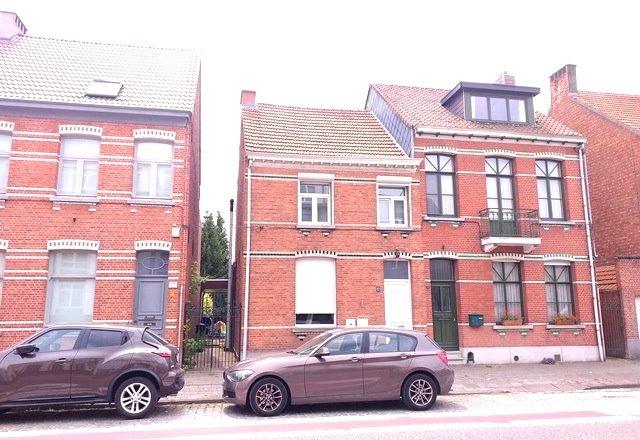 Kerkstraat 12 's-Gravenwezel